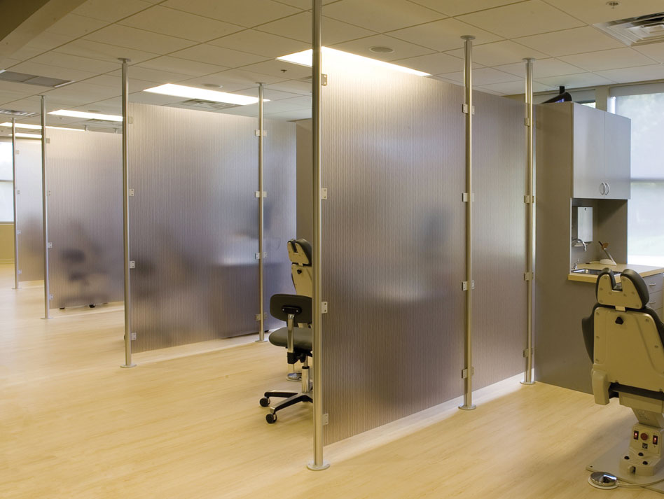 3 Form Acrylic Panels : Partitions ready to go solutions form